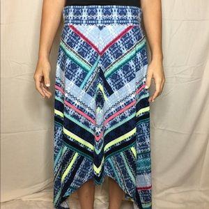 Eccentric skirt